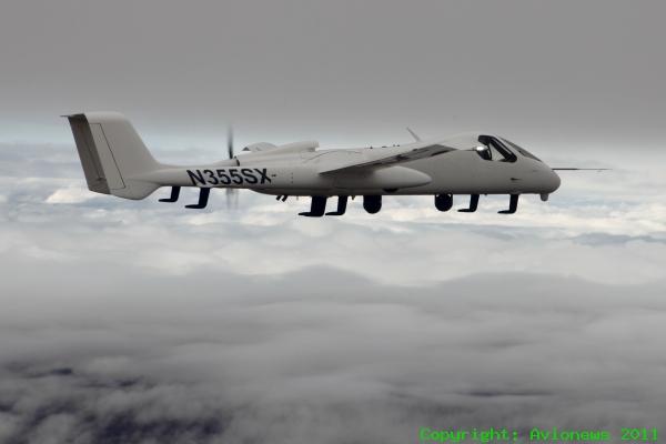 Firebird, un aereo o un drone? Tutti e due!