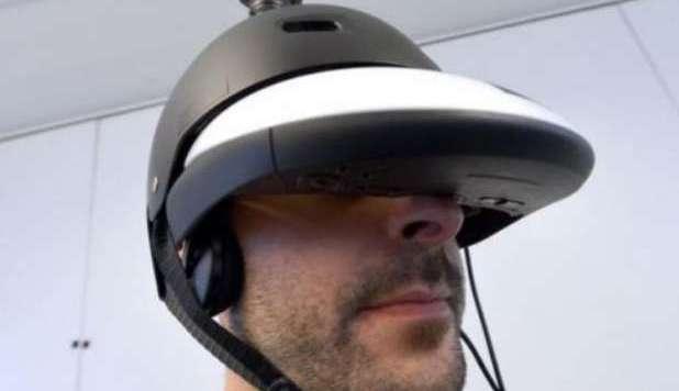 The helmet to see 360° like flies