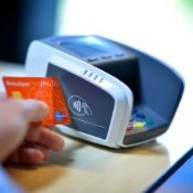 contactless-payment-card