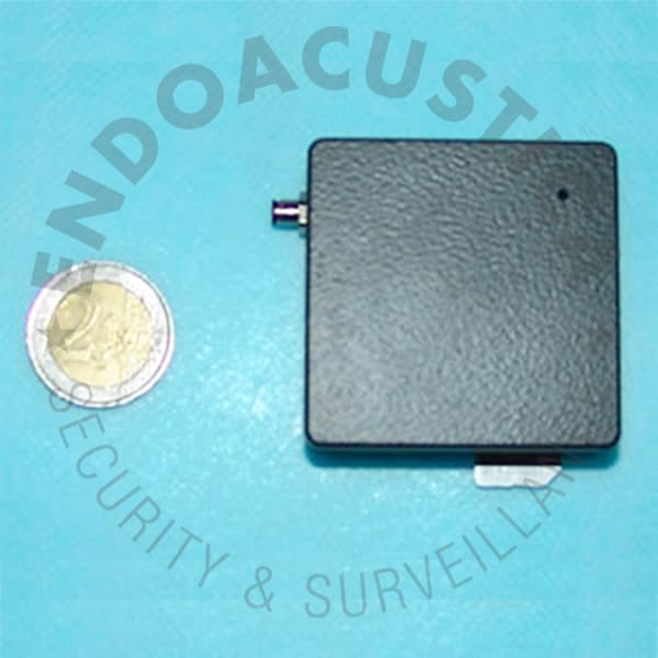 Real time mini satellite professional GPS tracker